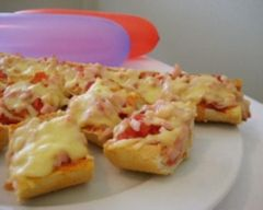 Pizza rolls recipe pizza rolls pizzas and lunches pizza rolls kidspot recipeseasy food forumfinder Image collections