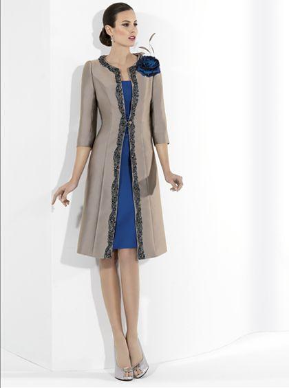3941ae94e Vestido corto con chaqueta para madrina de Franc Sarabia