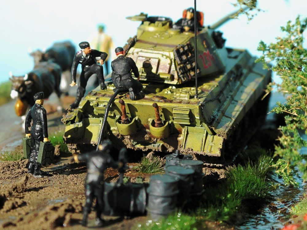 1 87 scale tiger 2 diorama model by arsenalm figures by. Black Bedroom Furniture Sets. Home Design Ideas