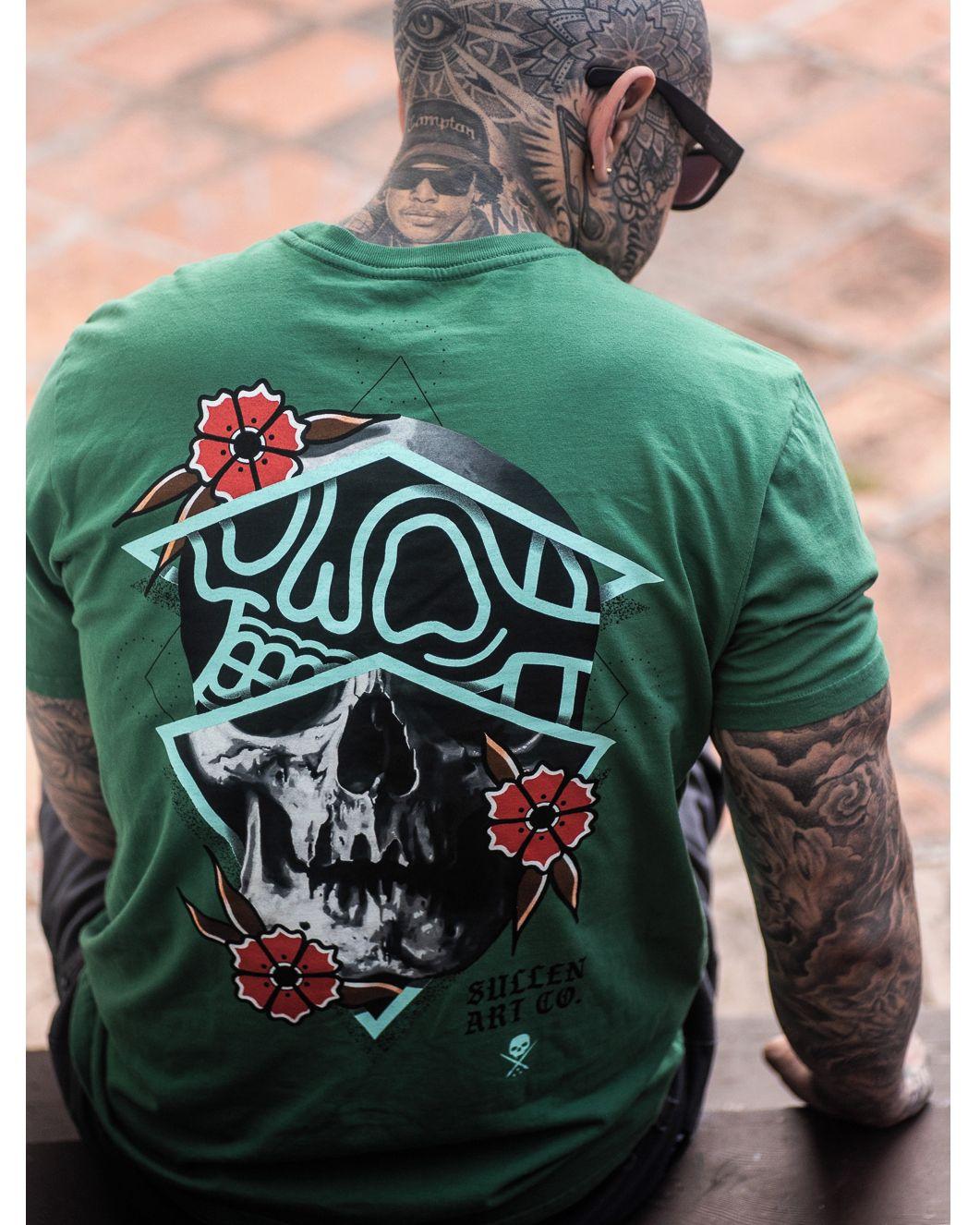 🙏⚡️👏 @chrisrigonitattooer Skull TShirt Brand: @sullenclothing ——————————————————————— ⚜️FOLLOW⚜️ @skingiants for daily fashion inspiration! Sharing only the best fashion brands on instagram —————————————————————— #sullenclothing #baseballshirt #tshirt #white #fashion #apparel #stylegiants #tattoolove #tattooed #tattoodesign #tattoolover #tattooworld #fashionofinstagram #tattoolovers #inked #tat #tats #aff