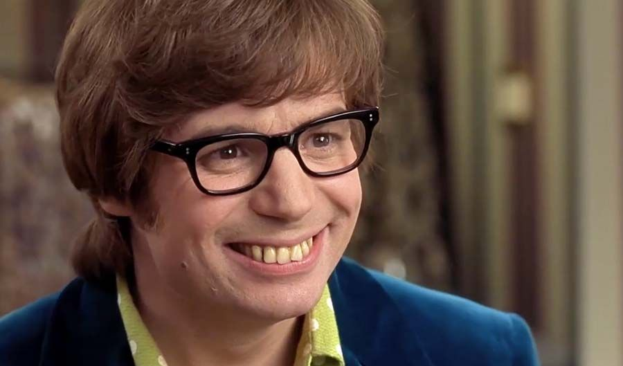 mike-myers-teeth-austin-powers.jpg (900×529)