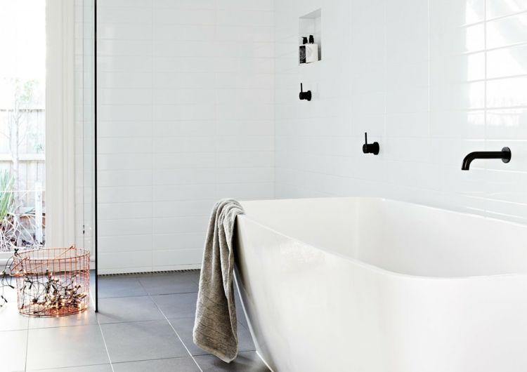 moderne armaturen badezimmer schwarz badewanne weiß glas trennwand ...