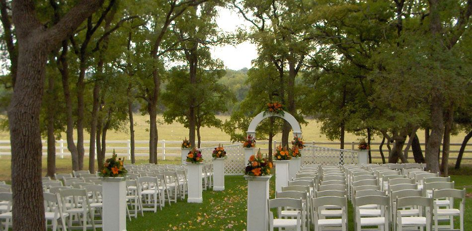 Indoor And Outdoor Wedding Venue Near Georgetown Tx Outdoor Wedding Venues Wedding Venues Texas Spring Event