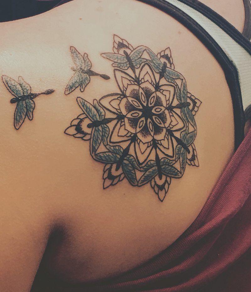 signification tatouage symbolique derri re 40 des motifs plus esth tiques pinterest. Black Bedroom Furniture Sets. Home Design Ideas