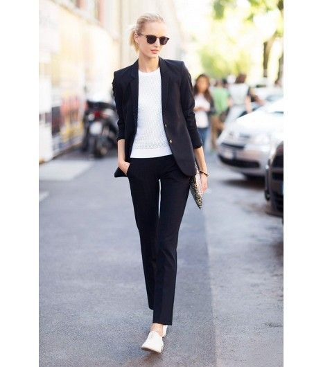 Smart casual clothes for women