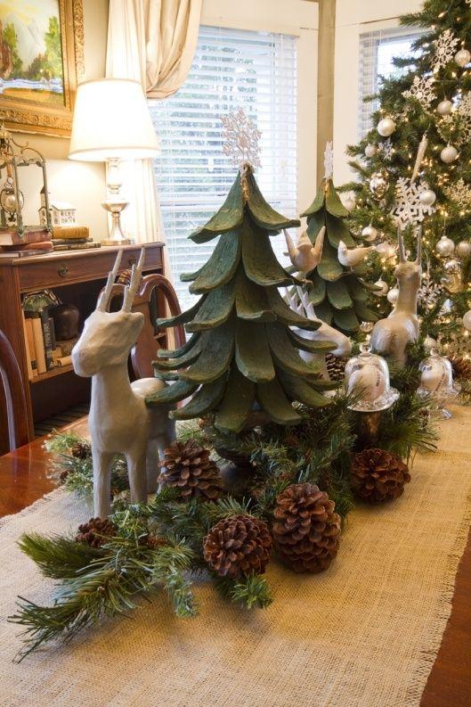 Christmas Table Burlap Runner Green White