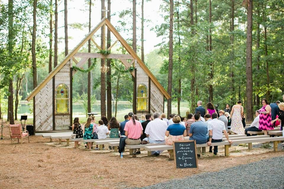 Painted Pony Vineyards Outdoor Chapel in North Carolina