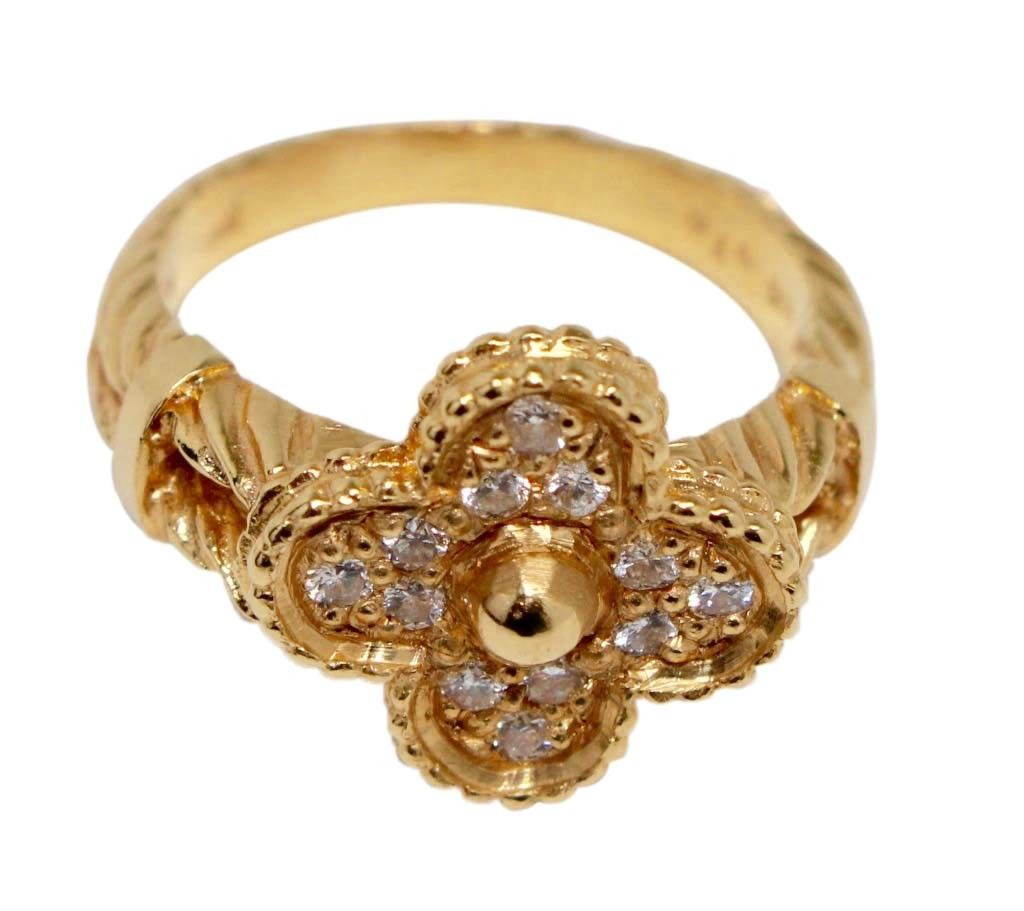 Van cleef u arpels alhambra k gold and diamond ring a vintage