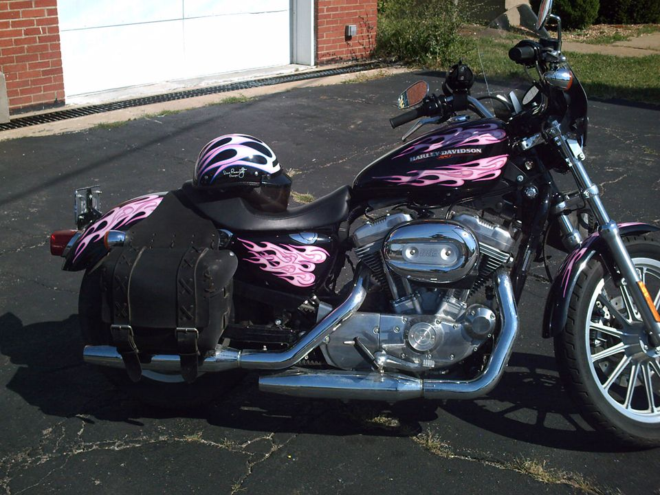 I Like This One One Day I Will Get A Pink Black And Maybe White One Harley Bikes Harley Davidson Harley