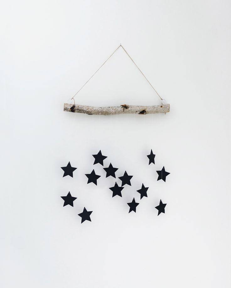 DIY modern, Scandinavian Christmas hanging wall decoration | Happy Grey Lucky
