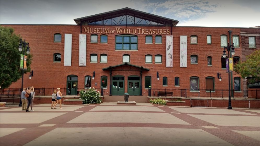 Find Museum Of World Treasures Wichita Ks Wedding Venue One Of Best Wedding Venues Wichita Ks Wedding Venues Venues Wichita