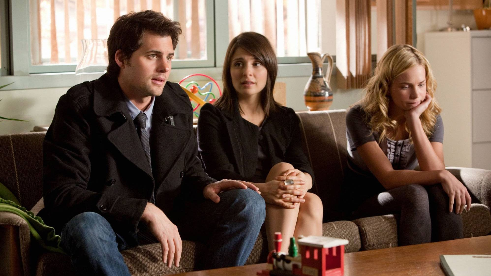 Life Unexpected Life unexpected, Shows on netflix, Tv
