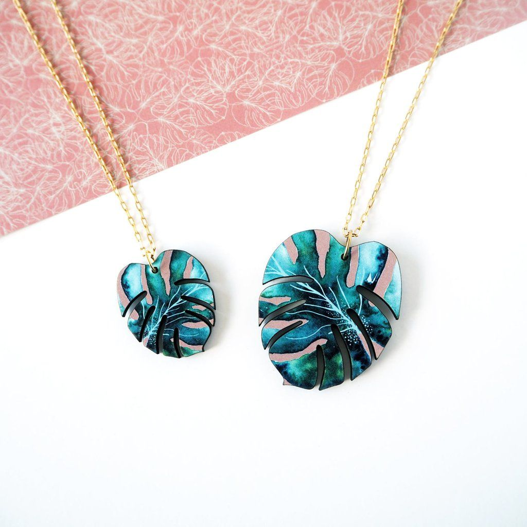 1639fe5e8 Tropical Monstera Plant Necklace | アイデア | Jewelry, Fashion ...