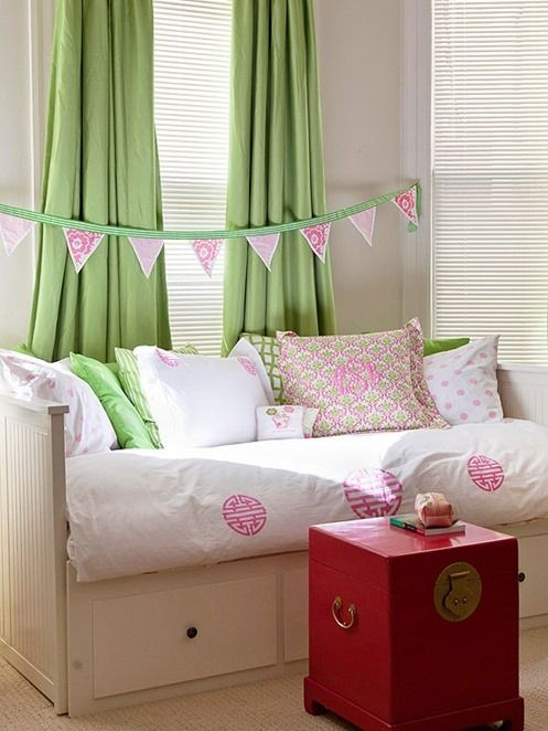 18 pretty girl s bedroom ideas in every style with images on cute girls bedroom ideas for small rooms easy and fun decorating id=88404