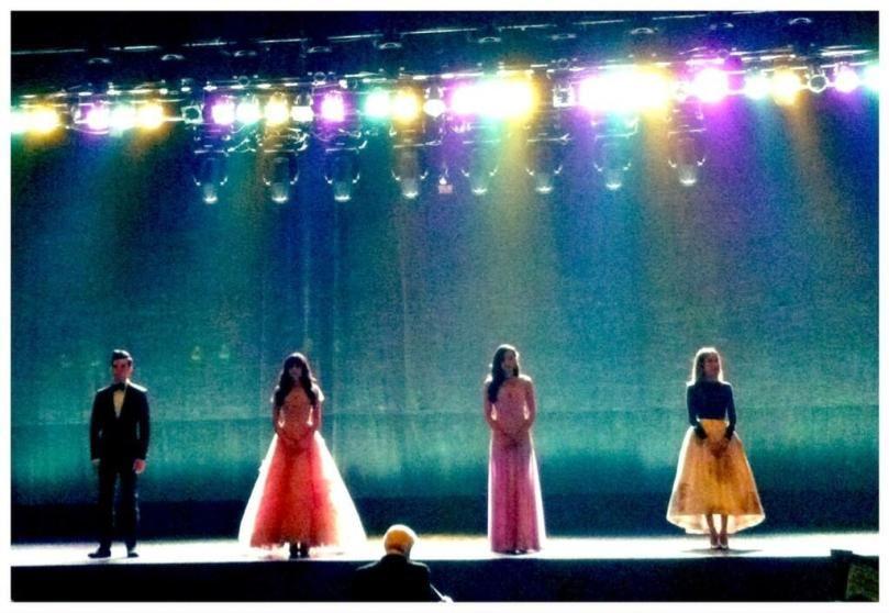 Blog do John: Glee - 4x20 Lights Out