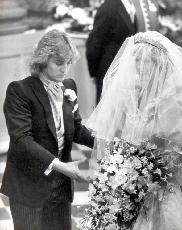 Resultado De Imagen Para Rare And Unseen Photos Of Princess Diana