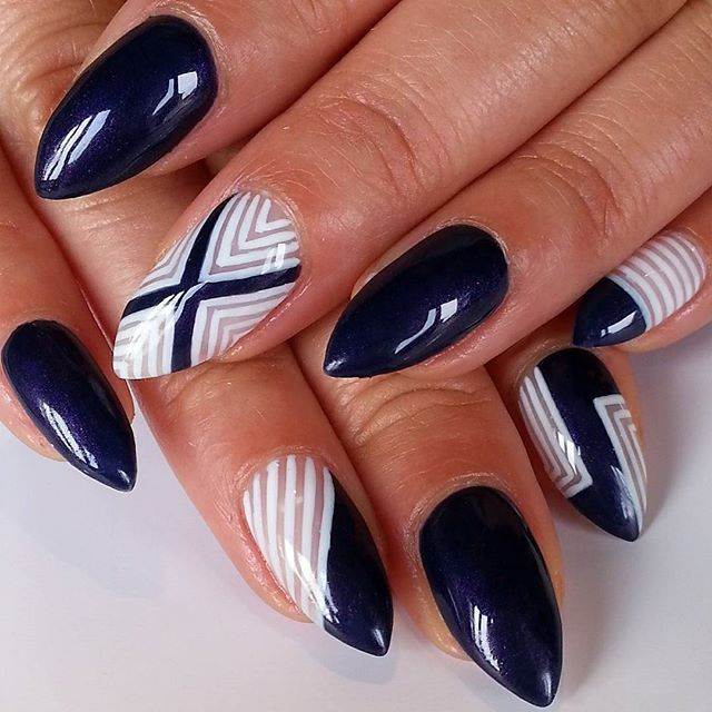 instagram media thenailwhisperer nail nails nailart nails pinterest nagelschere. Black Bedroom Furniture Sets. Home Design Ideas