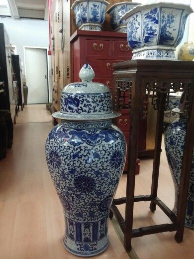 More Large Oriental Vase Cab Store Umbrellas In It Moroccan