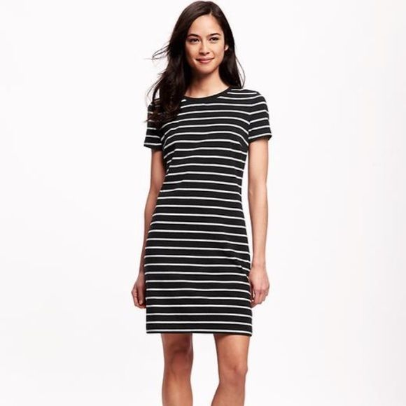 Striped black and white half sleeve t shirt dress dress for Navy striped dress shirt