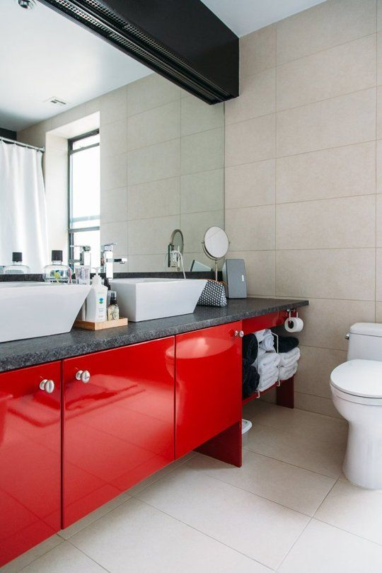 Short on Space? 6 Effective Ways to Make More Room in Your Bathroom