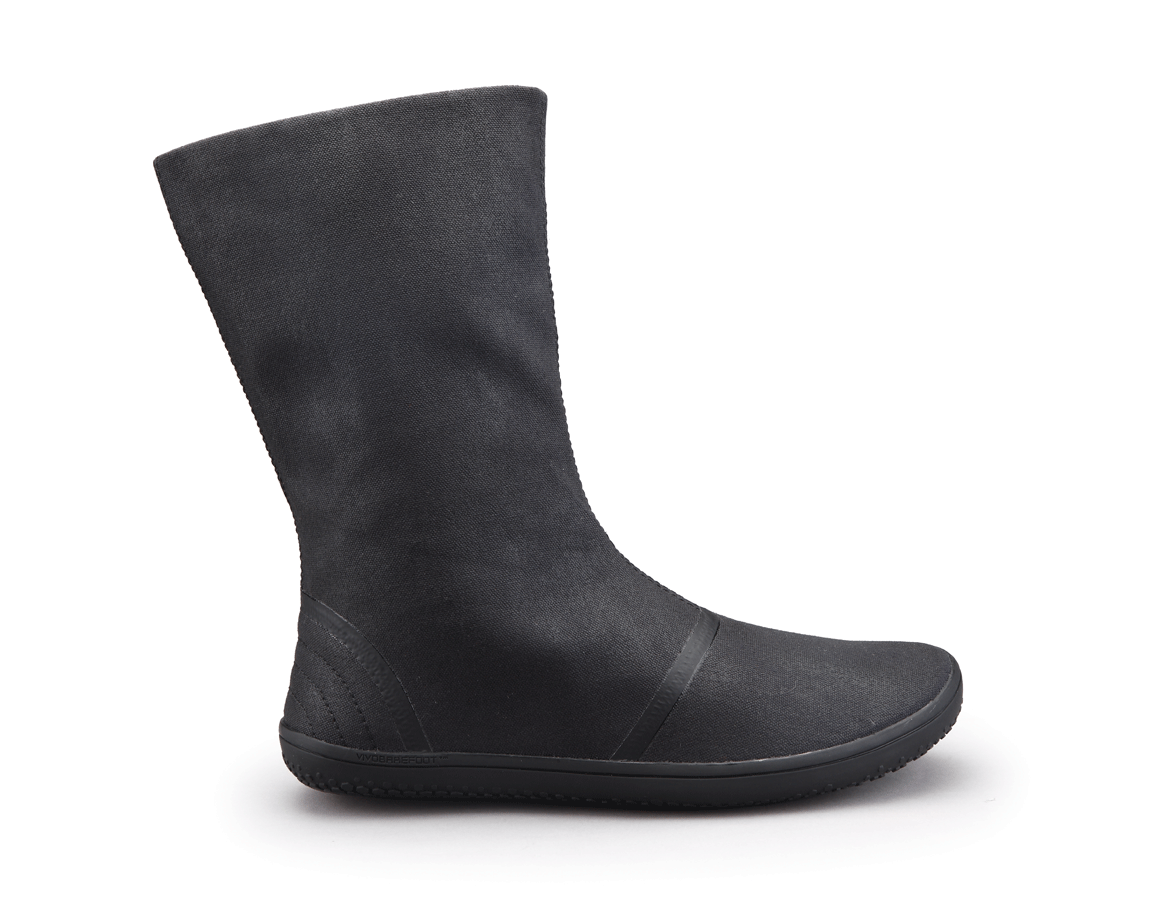 a75b7414b80 Tabi Hi is a minimalist womens winter boot made from eco canvas ...