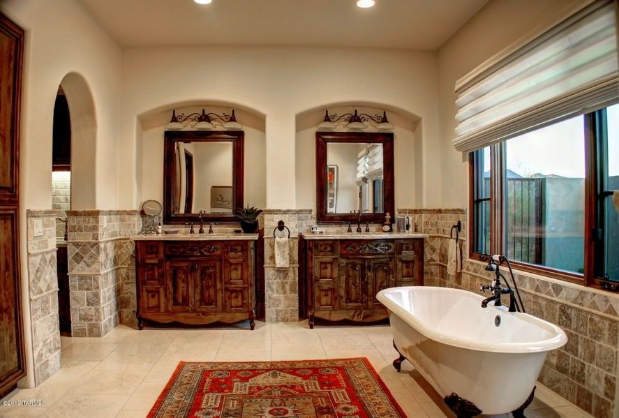 Pin By Vickie Hill On Bathrooms Tuscan Bathroom Tuscan Bathroom Decor Tuscan Style Bedrooms