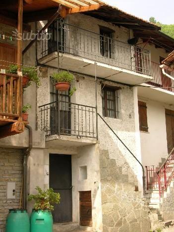 Casetta Terreni e rustici In vendita a Torino Rustico