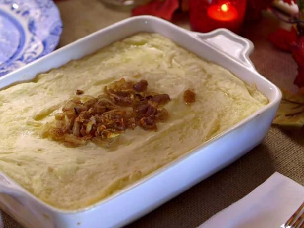 Mashed potatoes two ways recipe pioneer woman thanksgiving and get mashed potatoes two ways recipe from food network forumfinder Images