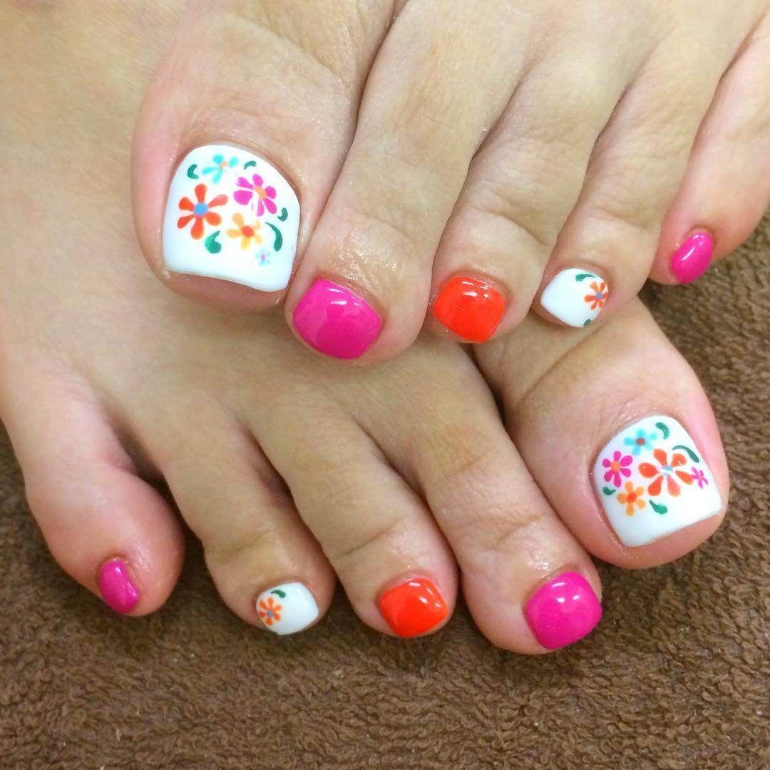 toe nails nail art design