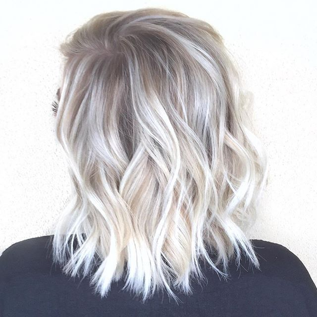 Image Result For Platinum Blonde And Gray Lowlights Sofisty Hairstyle In 2020 Hair Styles Hair Color Balayage Platinum Blonde Hair