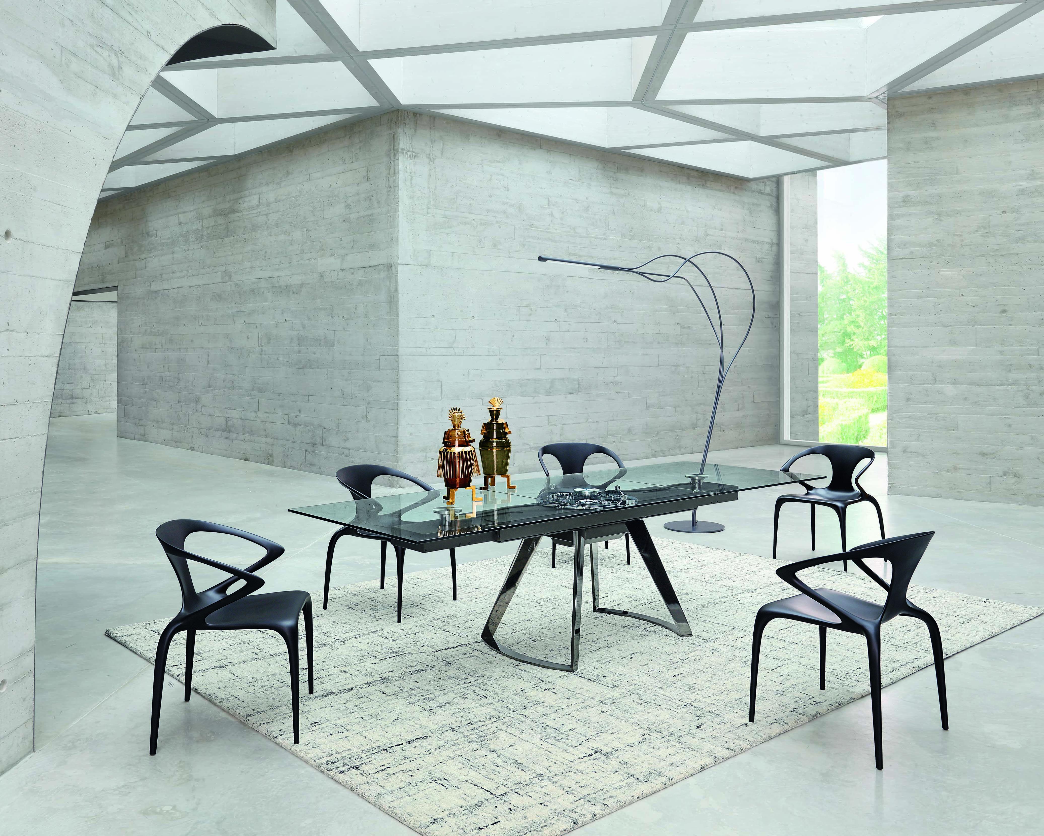 Roche Bobois L Astrolab Dining Table L Designed By Studio Roche Bobois En 2020 Salle A Manger Design Salle A Manger Deco Salon