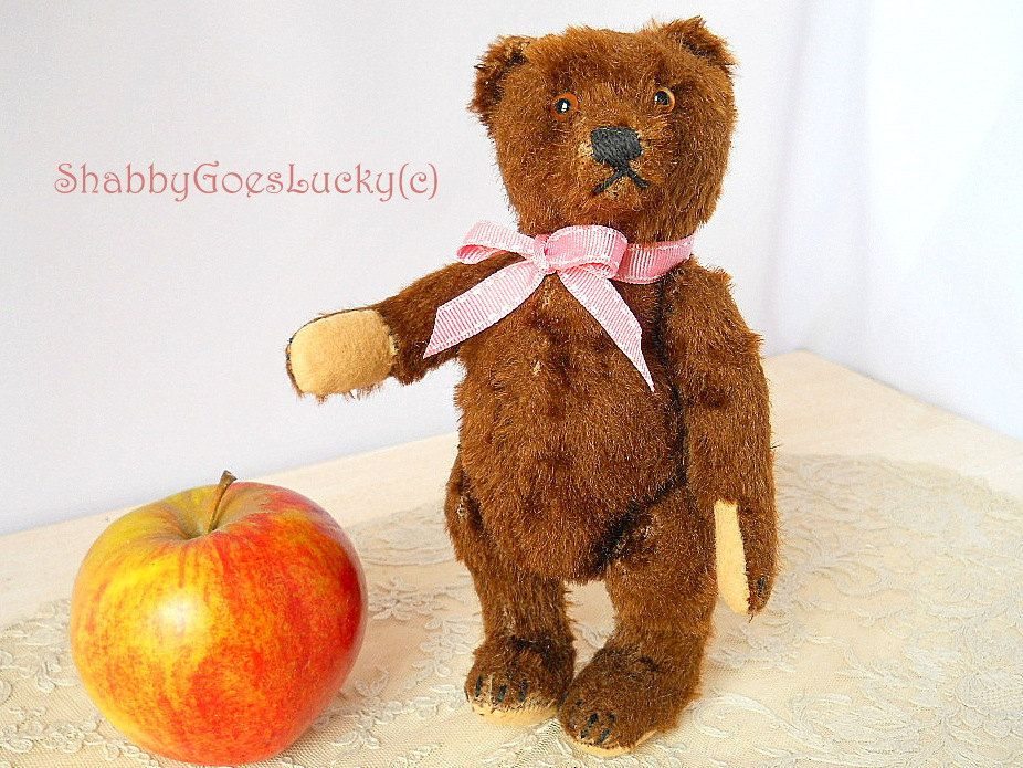 One Of A Kind Industrious Hand Made Mohair Bear Made In England ????????????????????????????