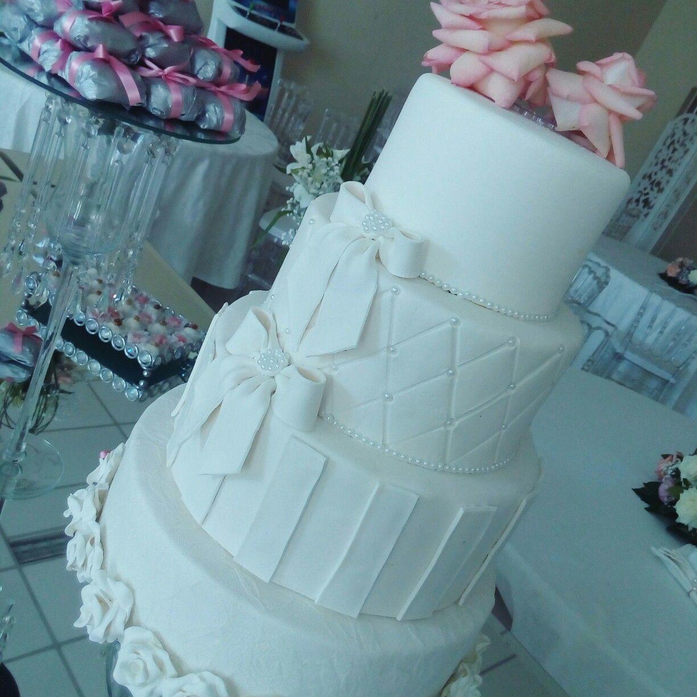 Bolo fake by Erika Ramos #casamento #wedding