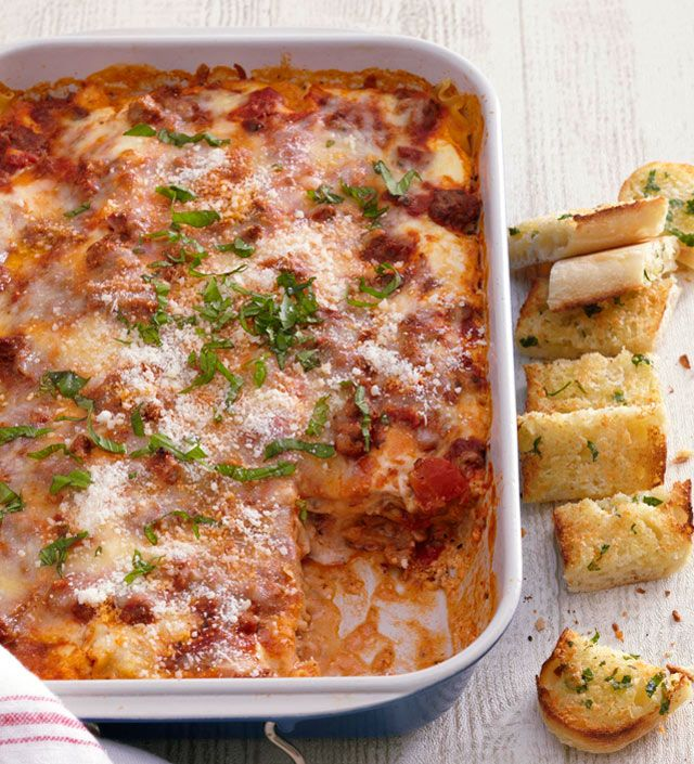 Classic lasagna recipe i love food pinterest recipes pasta and food for Better homes and gardens lasagna