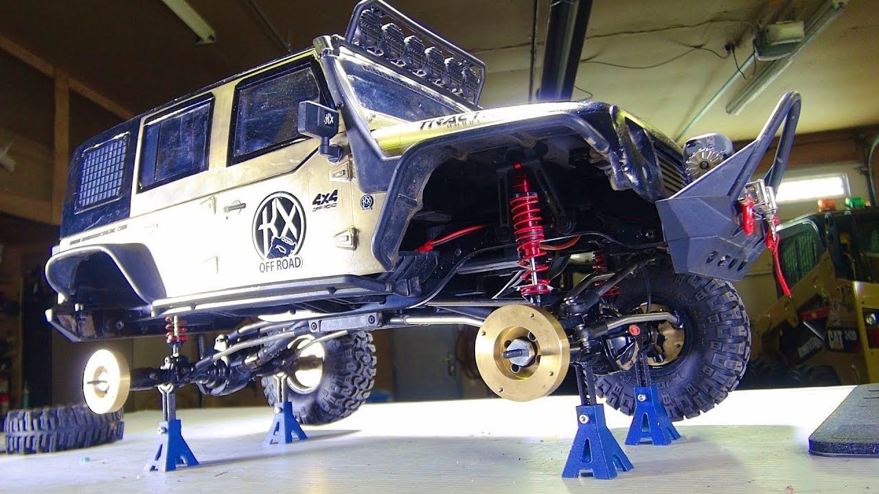 Rc Adventures On Mini Jack Stands A Cragsman Jeep Gains Axle Weight Jack Stands Adventure Jeep