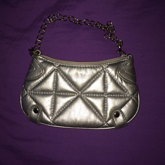 Mini clutch with chain Really cute! Just big enough for your cell, id's/cash and a lipstick, compact Bags Mini Bags