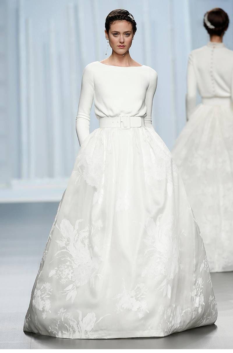 Die schönsten Brautkleider der Barcelona Bridal Week 2015 | Simple ...