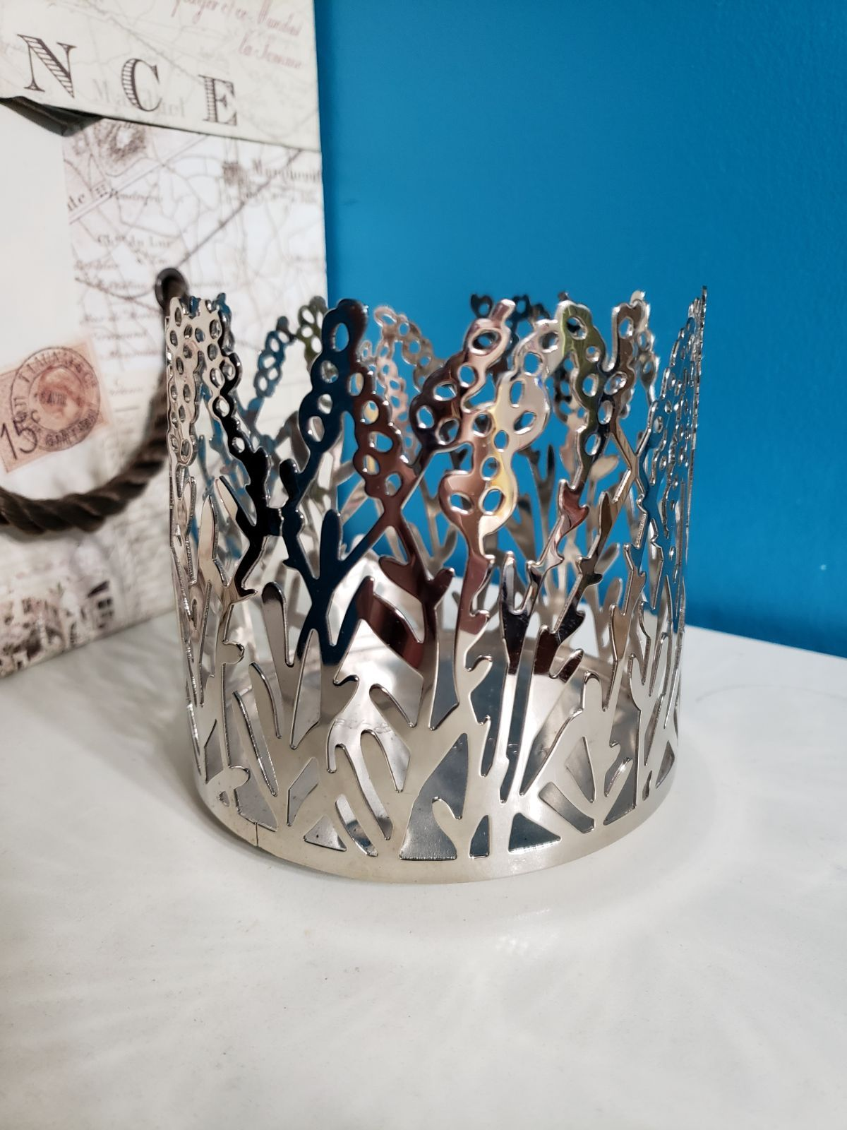 Bath and body works holder for three wick candles bath