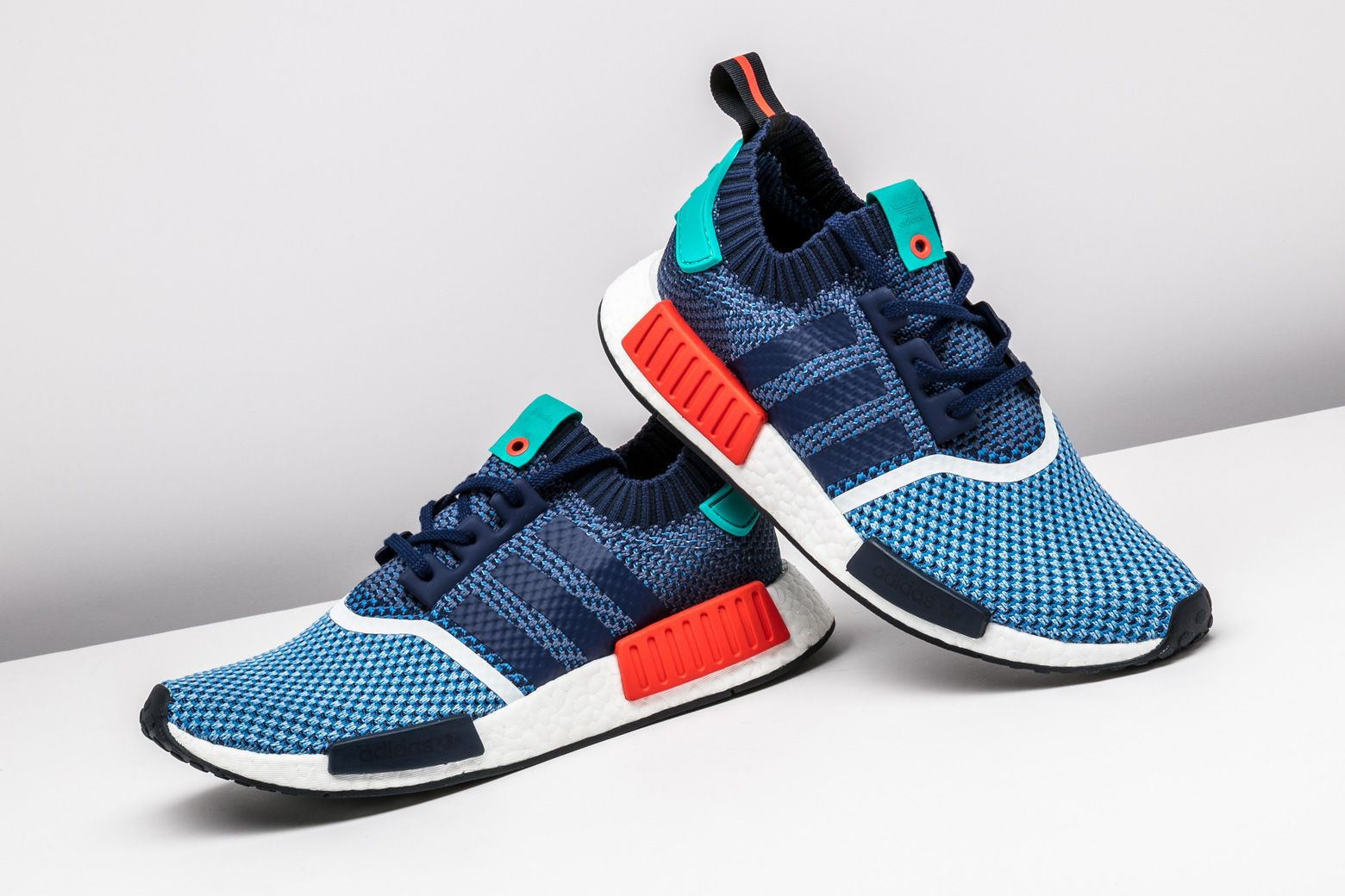 Adidas NMD R1 Primeknit 'Tri color' #follownews