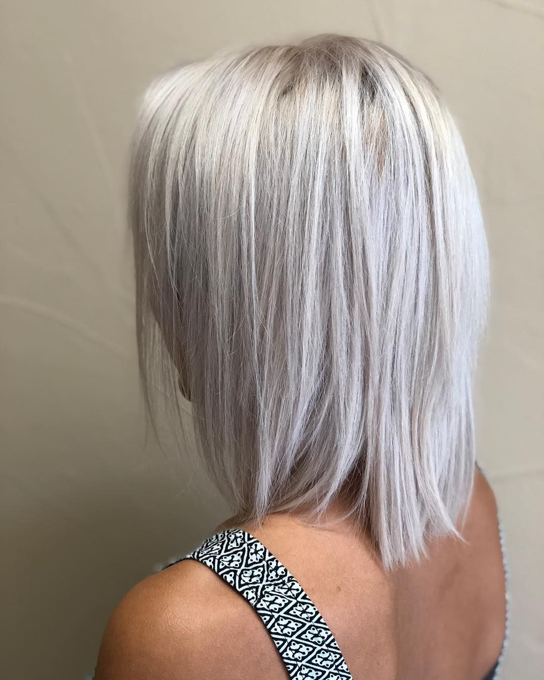 Platinite Ici Redkenfrance Redken Salonm Color Hair Haircuts Straight Hair Bobs For Thin Hair Hair Styles