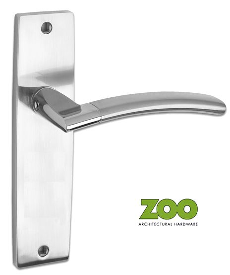 AMALFI DUAL FINISH POLISHED CHROME & SATIN CHROME DOOR HANDLES - ZPZ081SCCP (sold in pairs) New