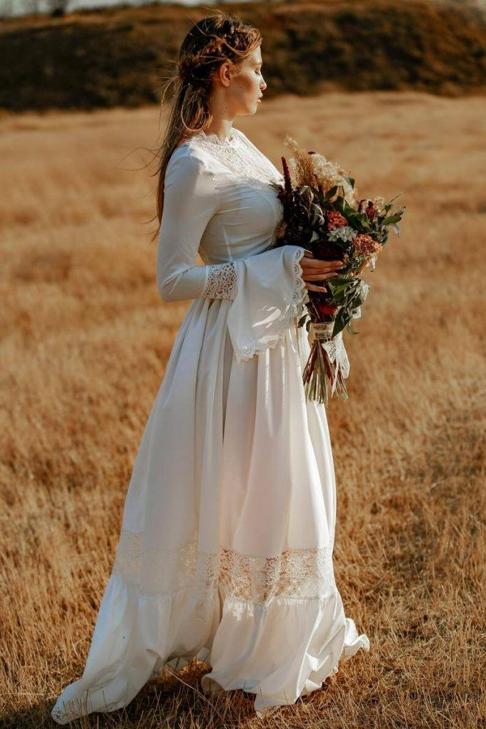 12 Rustic Wedding Dresses That Brides Can Wear with Cowboy
