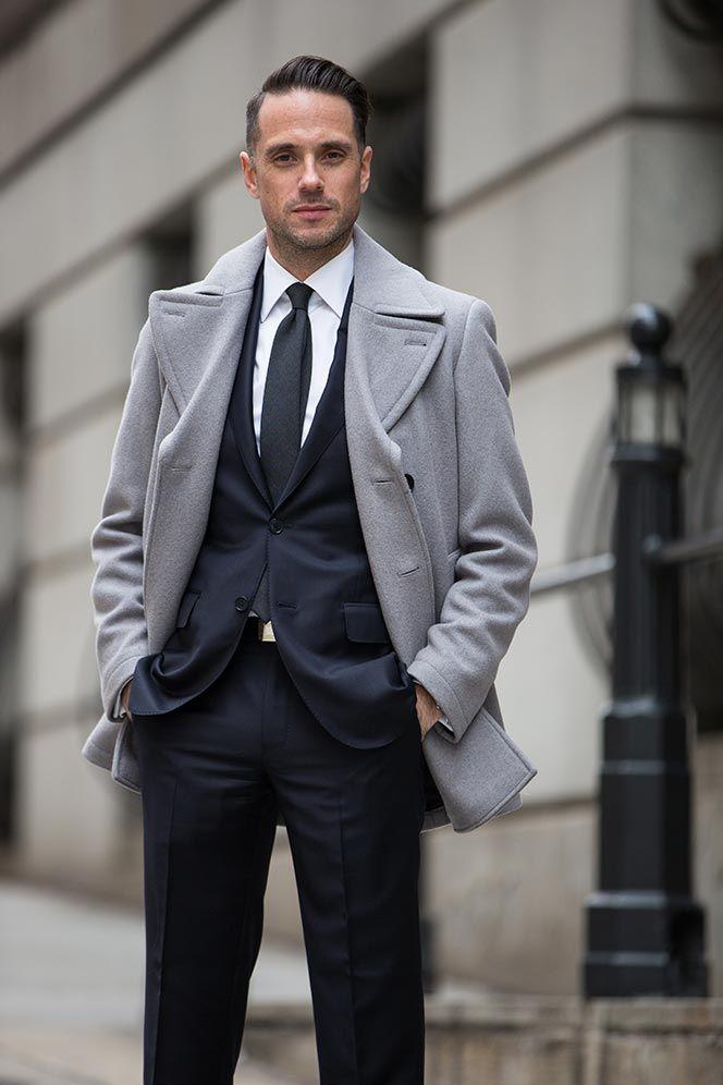 3dc1f0930404 Dark Navy Suit: Classic Business Outfit Idea   S T Y L E   Men's ...
