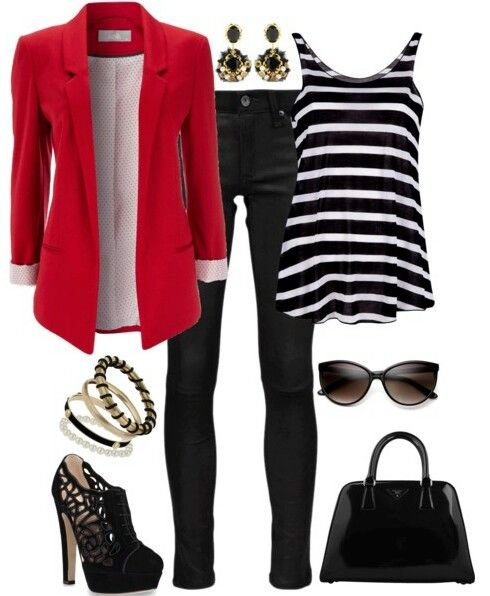 This is the type of outfit i could see a fashion columnist wearing.