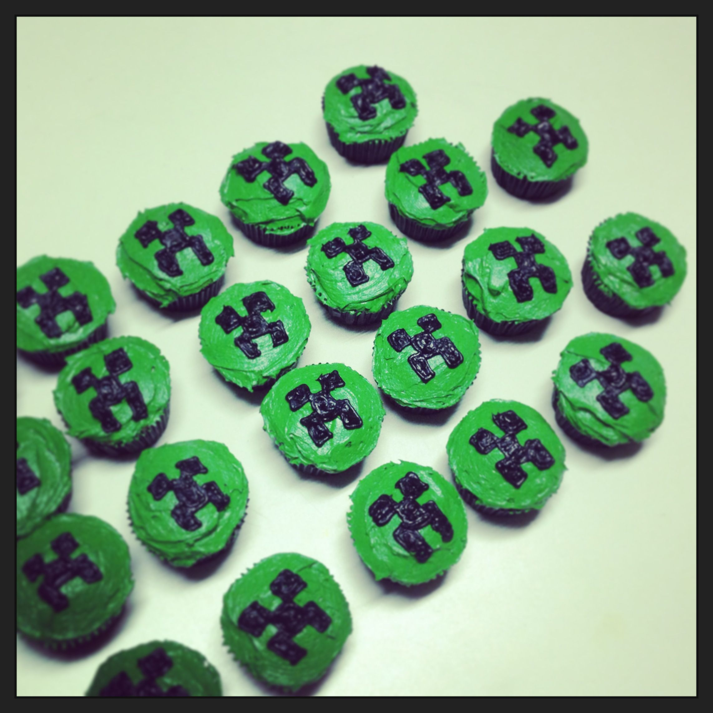 Minecraft Cupcake Cake Ideas And Designs