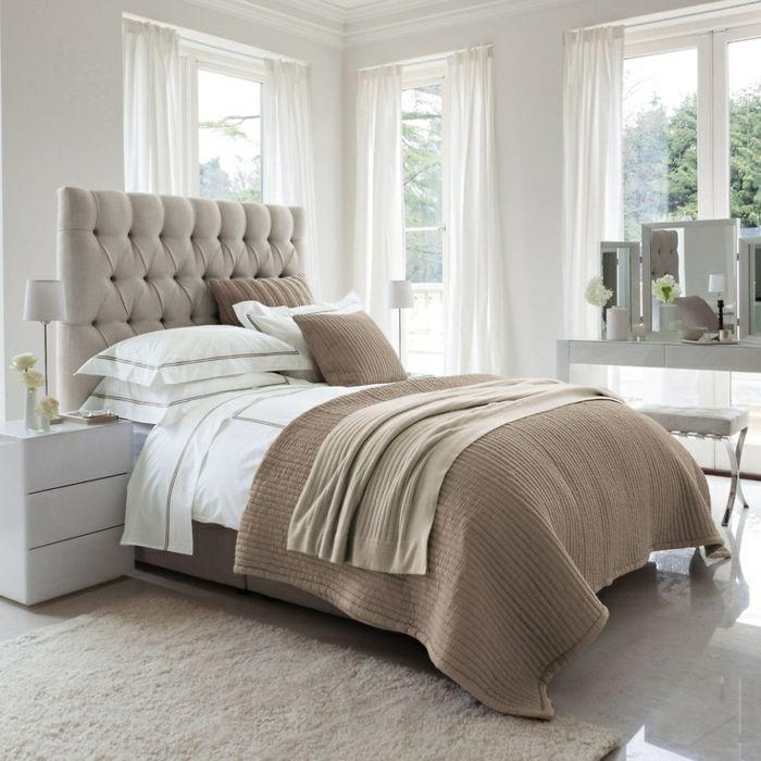 les meilleures variantes de lit capitonn dans 43 images d co chambre pinterest chambre. Black Bedroom Furniture Sets. Home Design Ideas