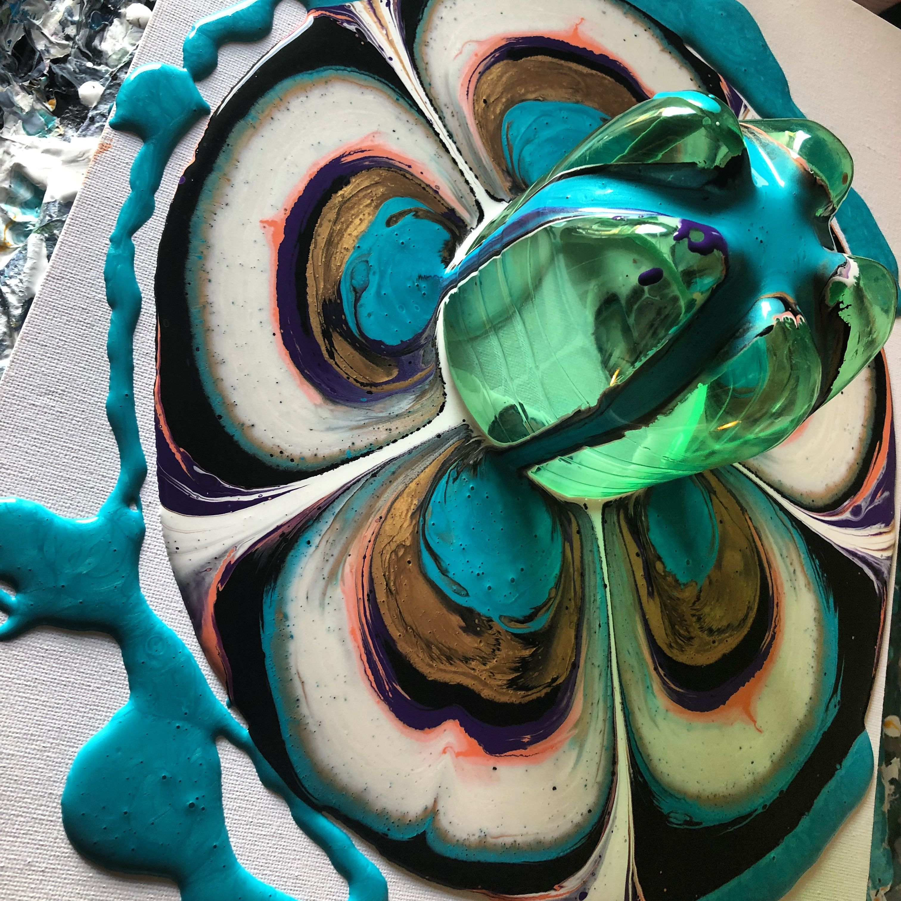 Pin By Pattyblogs On Bottle Pour With Acrylic Acrylic Pouring