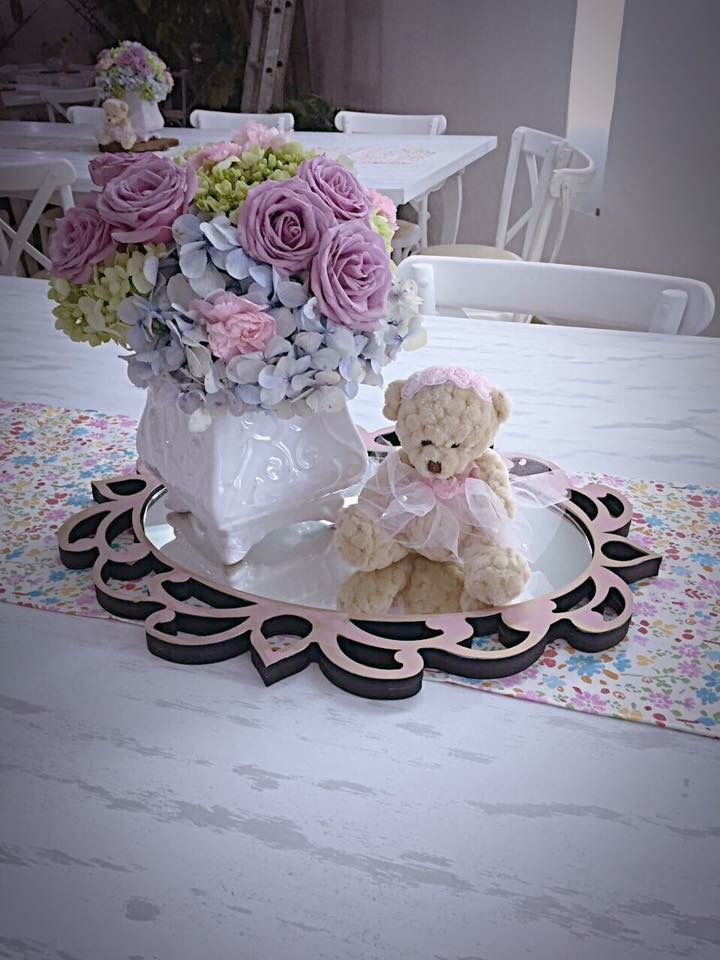 Centro de mesa baby shower ni a flores pinterest for Mesa baby shower nino