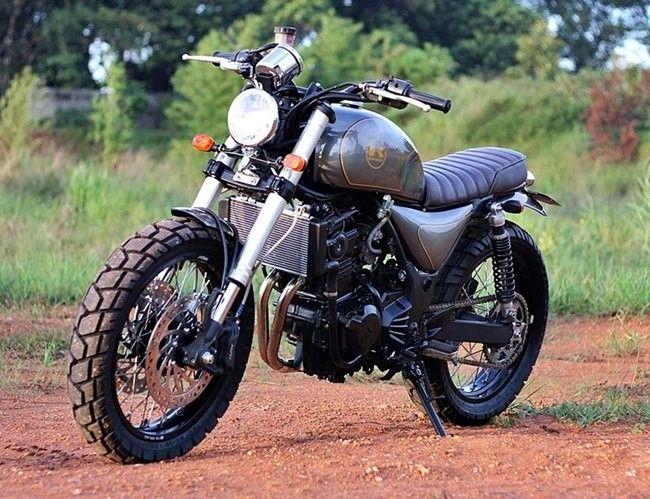 The Bluster Una Kawasaki Zx 250 Ninja Desnuda Bikes Cafe Racer