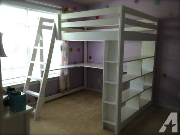 Handcrafted Full Size Loft Bed With Built In Bookcase And Desk